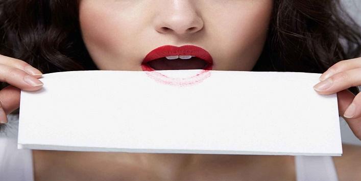 Home Remedies To Lighten Dark Lips7