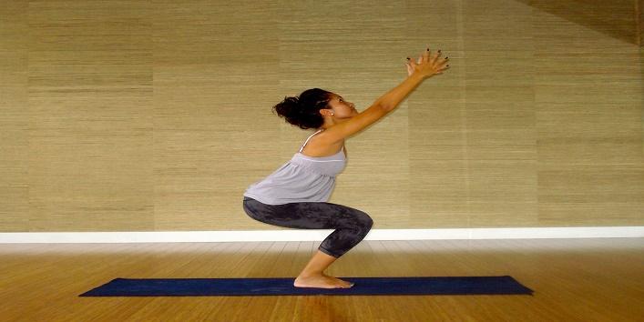 yoga Poses for Pregnant Women (4)