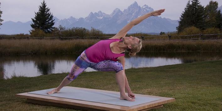 yoga Poses for Pregnant Women (5)