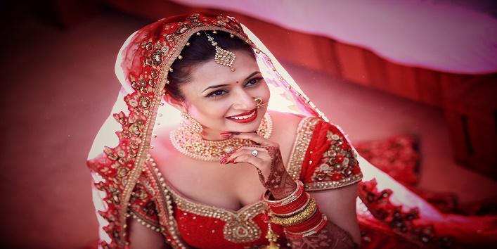 Mehndi Makeup Bridal : Things to keep in mind before taking the bridal makeup package