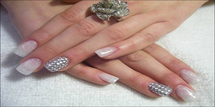 nail-art-trends-for-navratri6