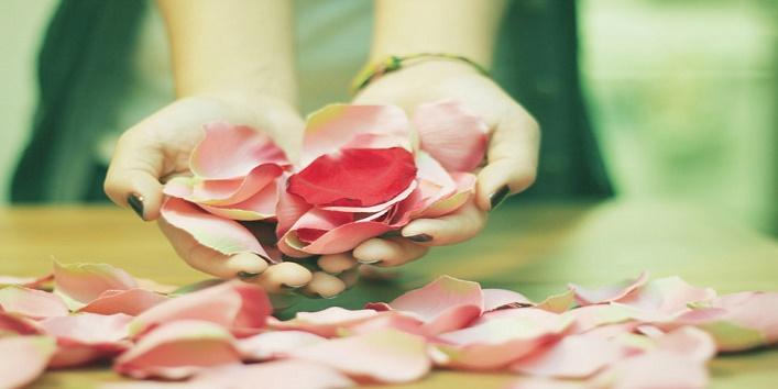 rose-petal-scrub1