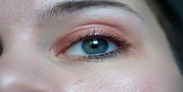 gothic-eye-makeup-tips-for-this-wedding-season-1