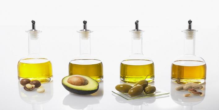 Castor Oil For Dandruff Free Scalp2