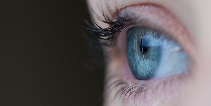 Benefits of Castor Oil for Eyes 3