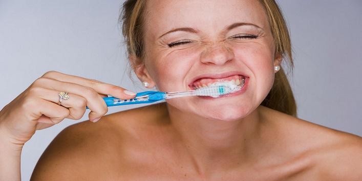 teeth Bad Habits3