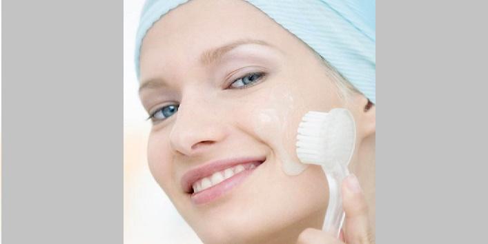 Regularly-exfoliate-your-skin-to-keep-it-fresh