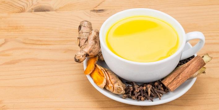 Turmeric Milk for Treating Flu, Malaria and Cough