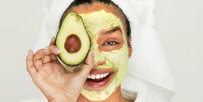 Avocado Mask for Healing and Moisturizing skin