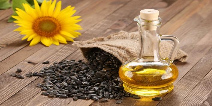 Pomegranate, Camellia or Sunflower Oil for natural moisture
