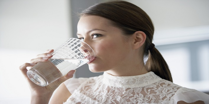 Drinking less water