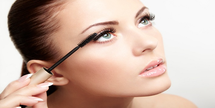 Add drama to your lashes