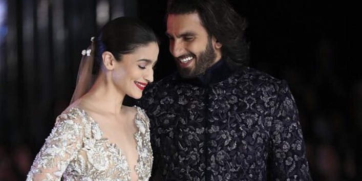 Manish-Malhotras-finale-design-for-the-ICW-2017-will-leave-you