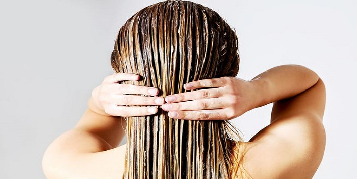 7-Hacks-to-Prevent-Frizziness-of-Hair-2