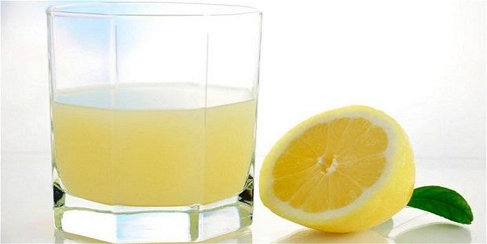 Lemon juice for lightening knuckles