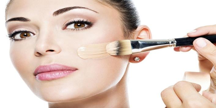 Hacks-to-Apply-Makeup-on-Dry-Skin-5