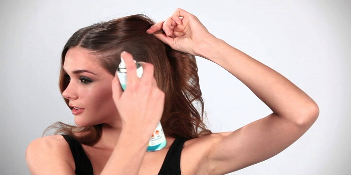 Tips-to-Get-Rid-of-Oily-Hair-and-Scalp-3