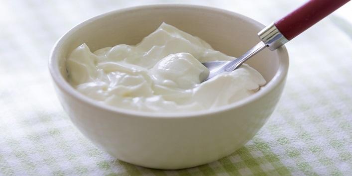 Yogurt for smooth hair