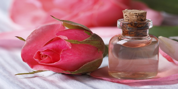 Rose water and besan pack for oily skin
