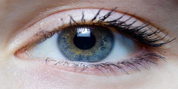 Treats macular degeneration