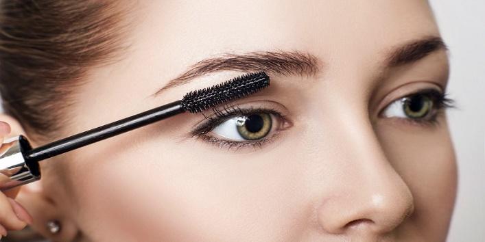Sharing your mascara