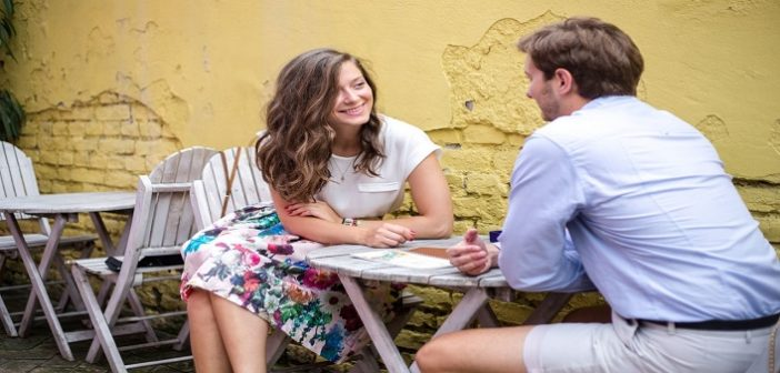 5 Conversations That You Should Avoid on the First Date