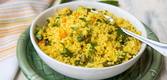 Healthy Recipe: Try This Quick Oats Upma Recipe at Home