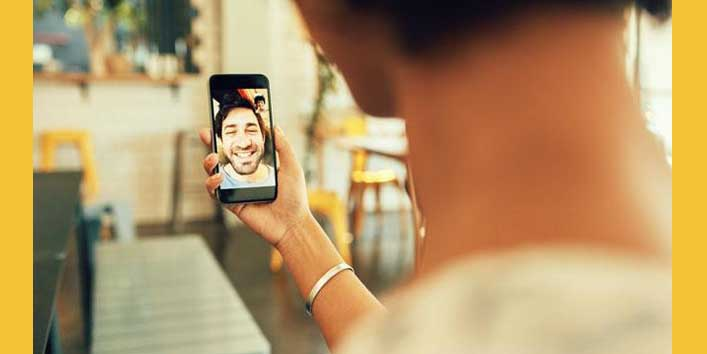 Make Your Long-Distance Relationship Work Through Video Calls
