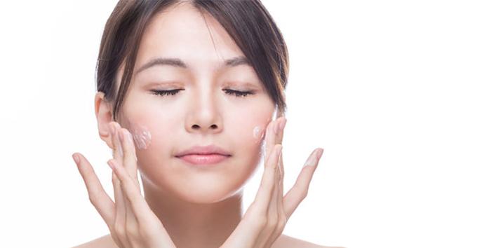 Works-as-a-moisturizer