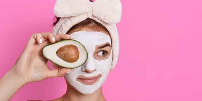 Avocado-face-pack-for-dry-skin