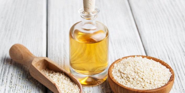 Benefits-of-using-Sesame-Oil-for-Skin