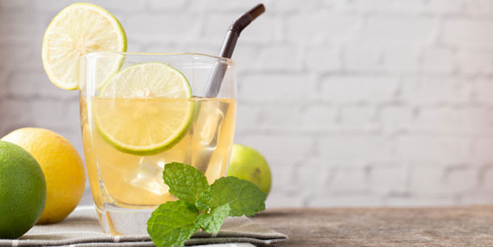 Lemon-Balm-Iced-Tea